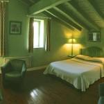 Photo de la chambre vert en relation avec la thématique couleur vert lit double