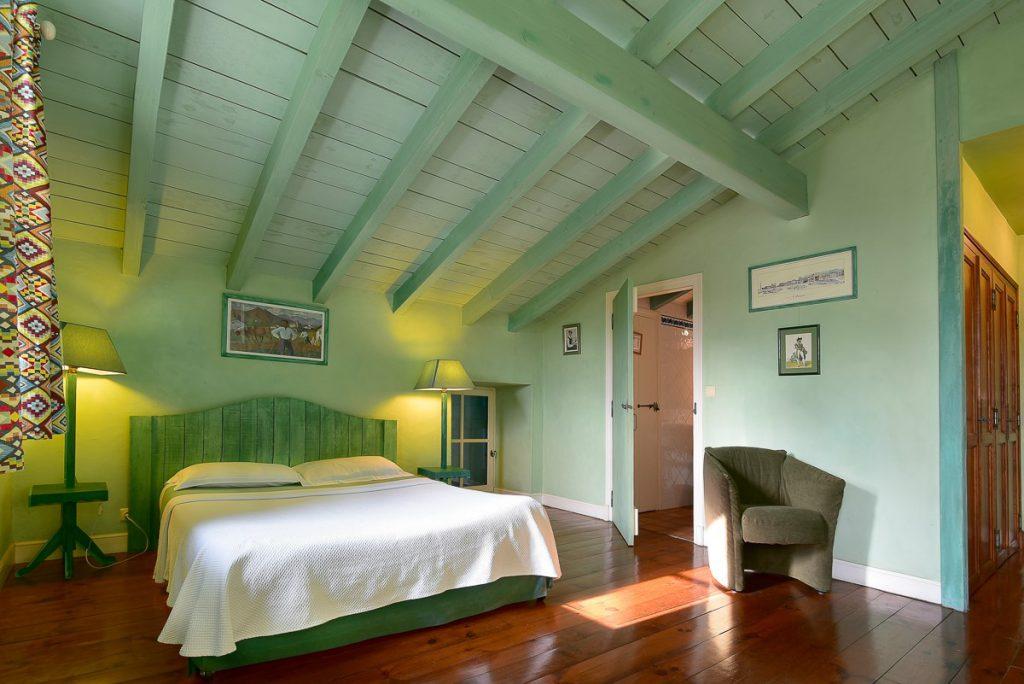 Chambre d'hôte, dans la thématique de la couleur vert